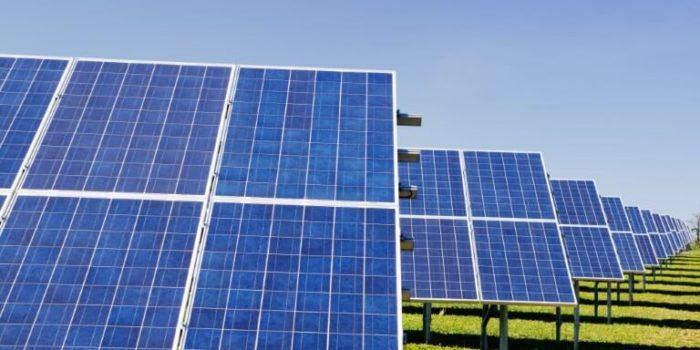 Bombeos de agua con energía solar fotovoltaica